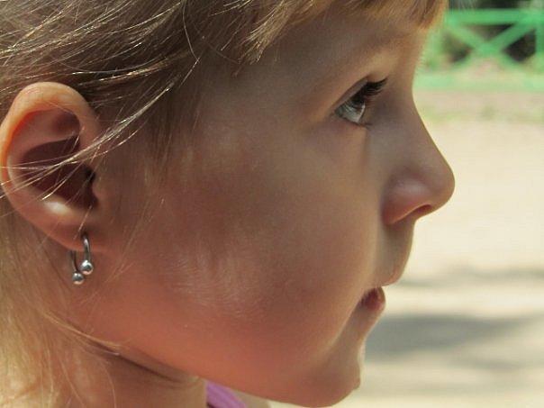 Пирсинг мочки уха